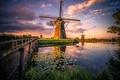 Картинка облака, небо, мостик, Ветряные мельницы, канал, Нидерланды