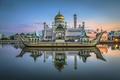 Картинка Brunei, королевская мечеть, Бруней, Sultan Omar Ali Saifuddin Mosque, Bandar Seri Begawan