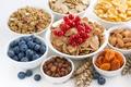 Картинка breakfast, fresh berries, muesli, завтрак, орехи, ягоды, сухофрукты, мюсли