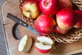 Картинка плоды, яблоки, нож
