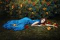Картинка платье, розы, девушка, кусты